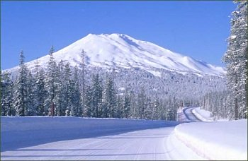 Top Central Oregon Snowmobile Rentals Late Model Yamahas
